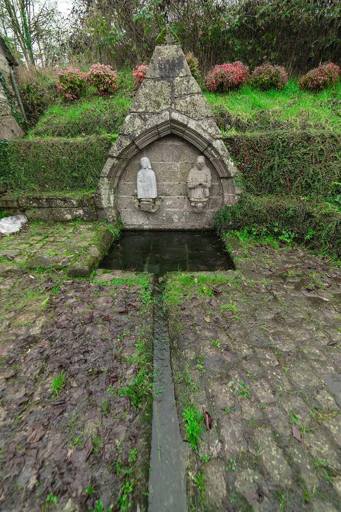 Lavoir Fontaine Saint-Alain - Corlay dsc3056